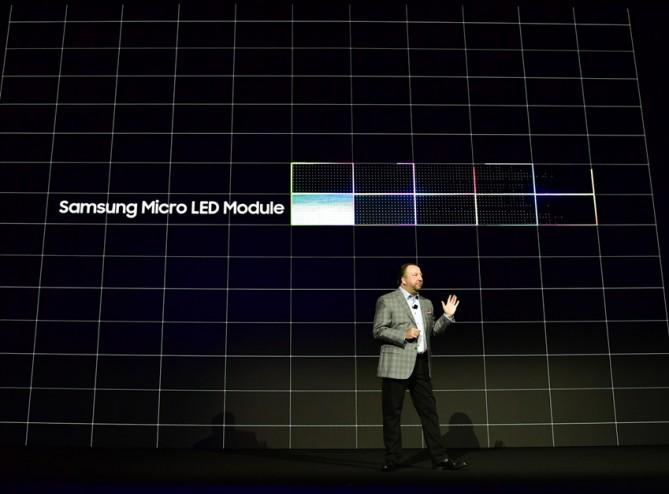 삼성전자는 OLED에 맞설 패널 디스플레이 기술로 마이크로LED를 내세웠다.